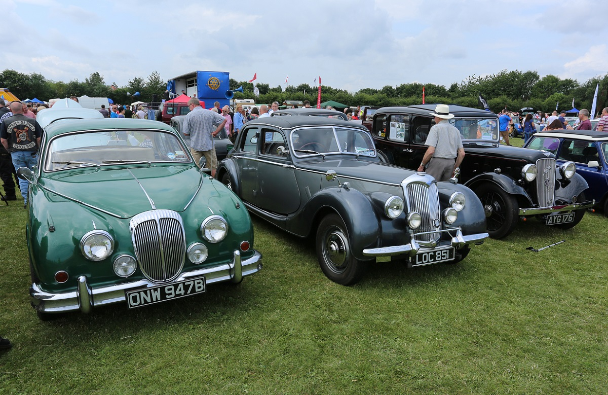 Doncaster Classic Car and Bike Show 2017 - Daimler, Riley & Austin