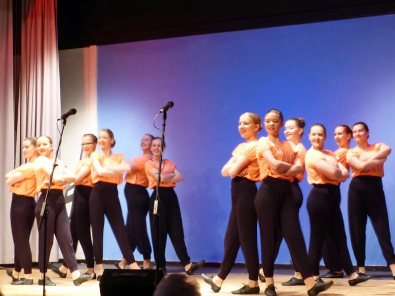 Senior Citizen's Concert 2016 - Dancers-1-800x600