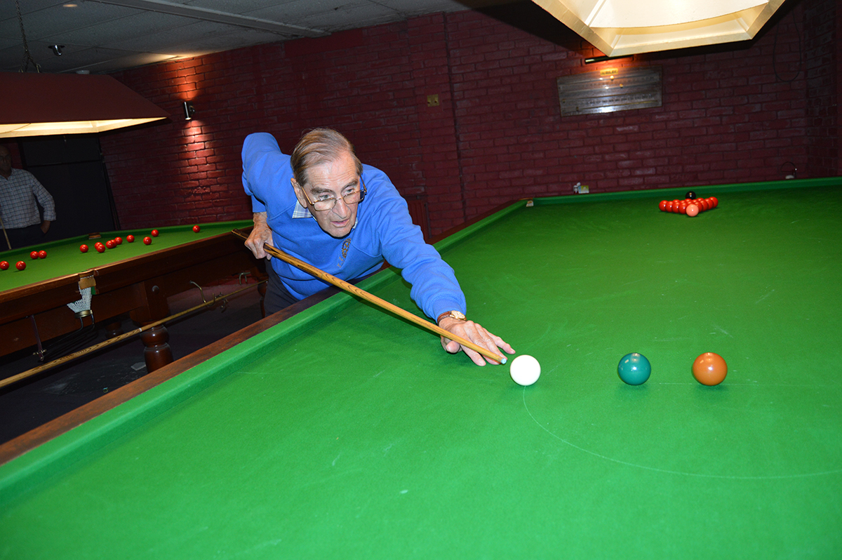 Annual Snooker Match v Abbeydale Rotary Club - David Learoyd lines up.