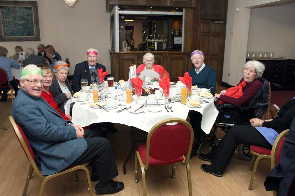 Christmas Lunch 2016 - Dec0022