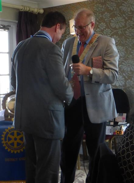 District Handover 2016 - Phil hands DG Elect chain to Robert Morphet