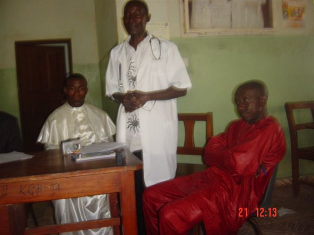 August 2009 wheelchair exhibition in Koidu - Dr.Barbu, Koidu MS