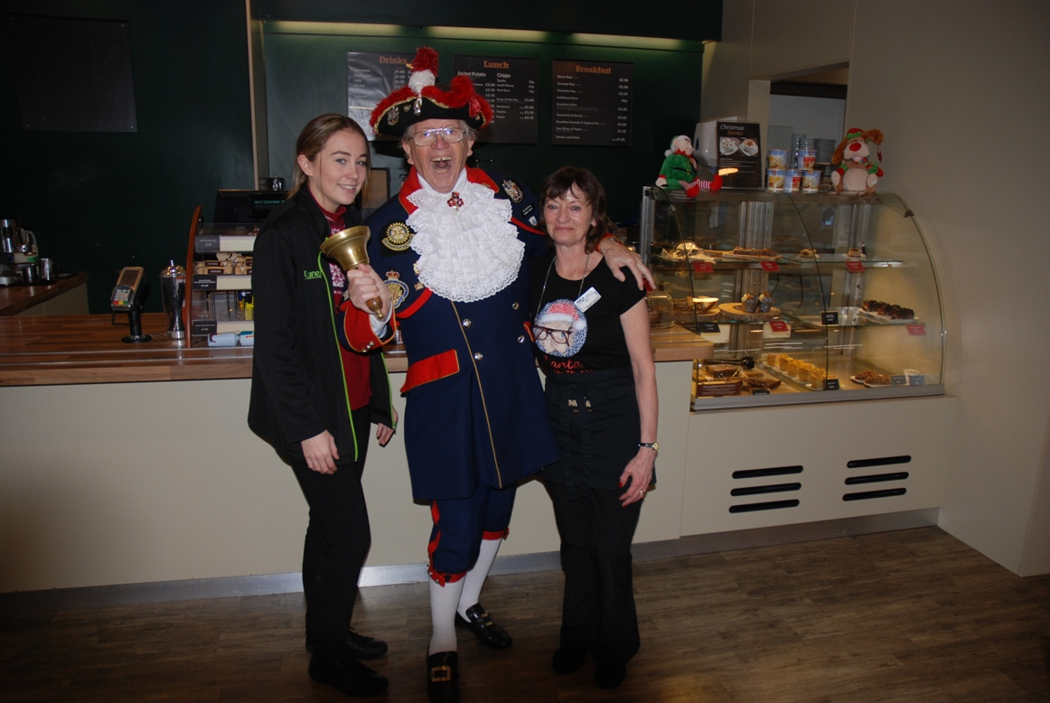 SANTA FUNDRAISING COLLECTIONS - 2018 - When he finished his duties, Barry called in at Dunelm for a well deserved coffee.  He is always ready to pose as he did with Emilie and Julie.