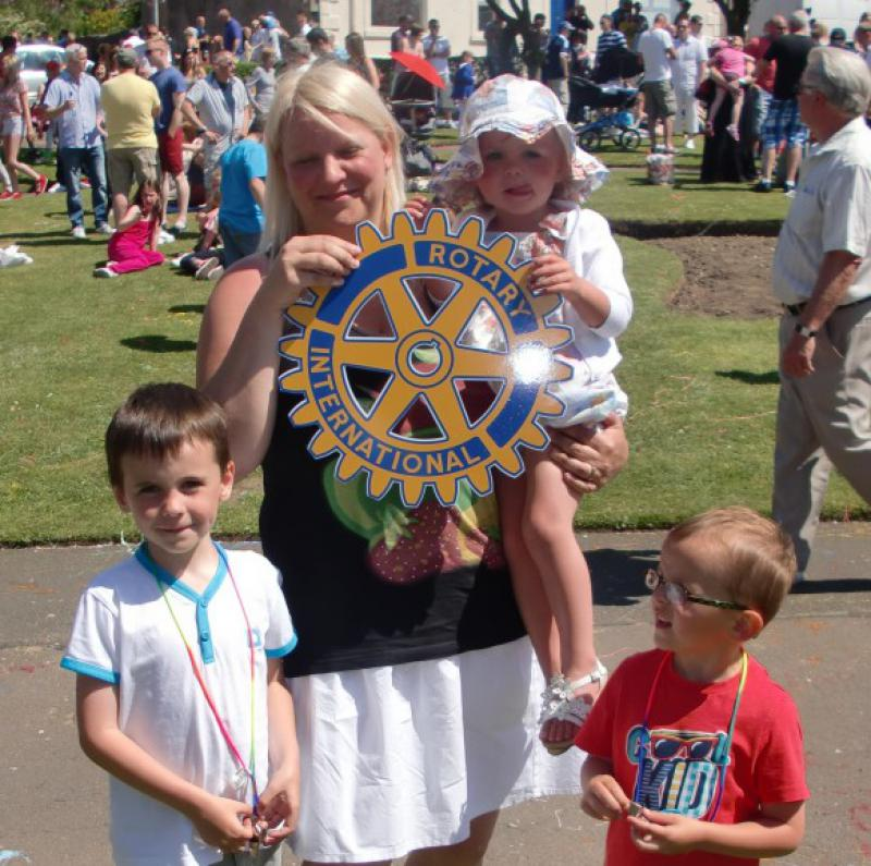 Carluke Gala day June 2013 - Engage Rotary 39