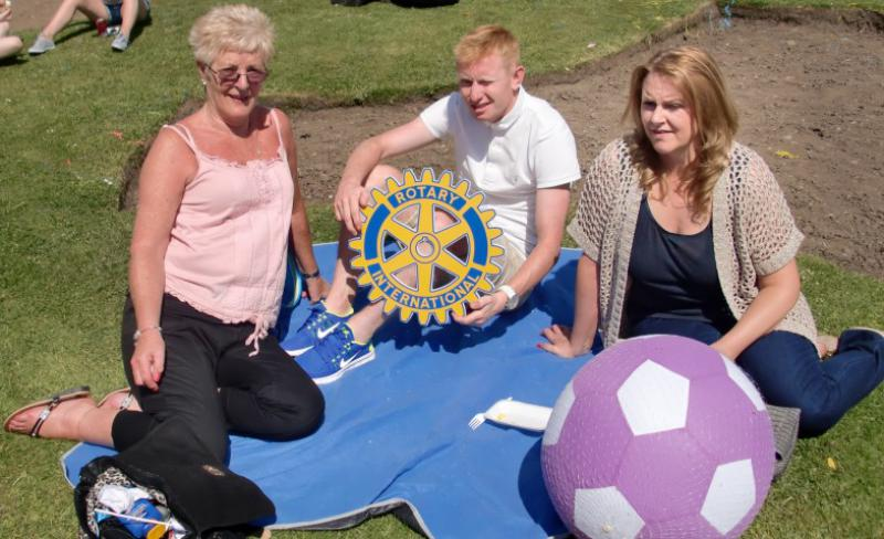 Carluke Gala day June 2013 - Engage Rotary 47