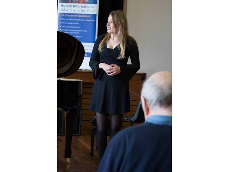 Jasmine from Epsom competes at Regional Young Musician - Banbury