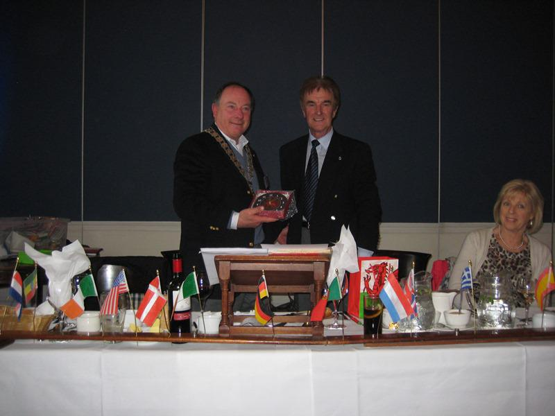 Trip to the Rotary Club of Dun Laoghaire  - Exchange of gifts 2