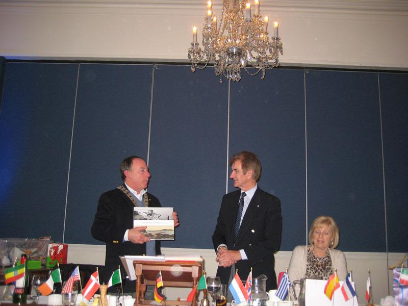 Trip to the Rotary Club of Dun Laoghaire  - Exchange of gifts 3