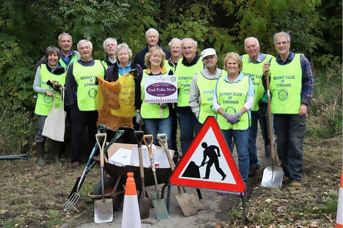 The Big Crocus Plant 2017 is underway! - The village will see swathes of purple in Spring as 10,000 corms were planted in partnership with the Parish Council and Bartholomew School