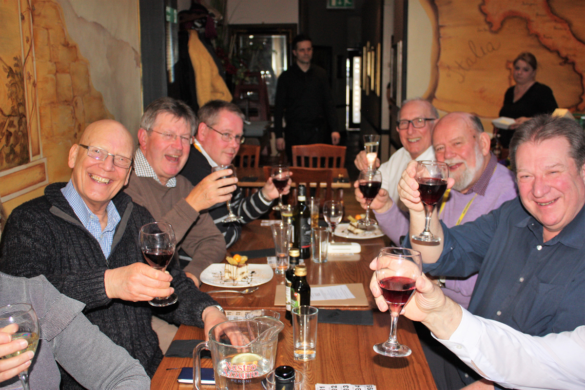 Foundation Lunch 2017 - Rushmoor Rotary members getting in the swing