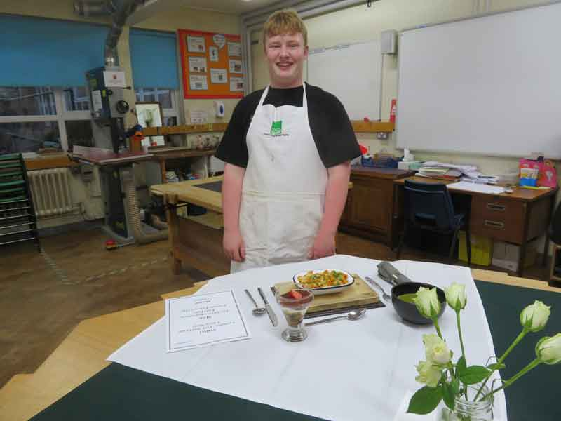 Young Chef Competition - 1st round - with his winning meal