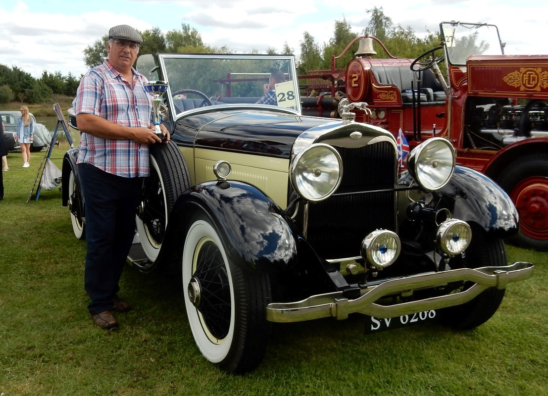 Photos From 2016 / 2017 Rotary Year - Classic & Vintage Vehicle Winner