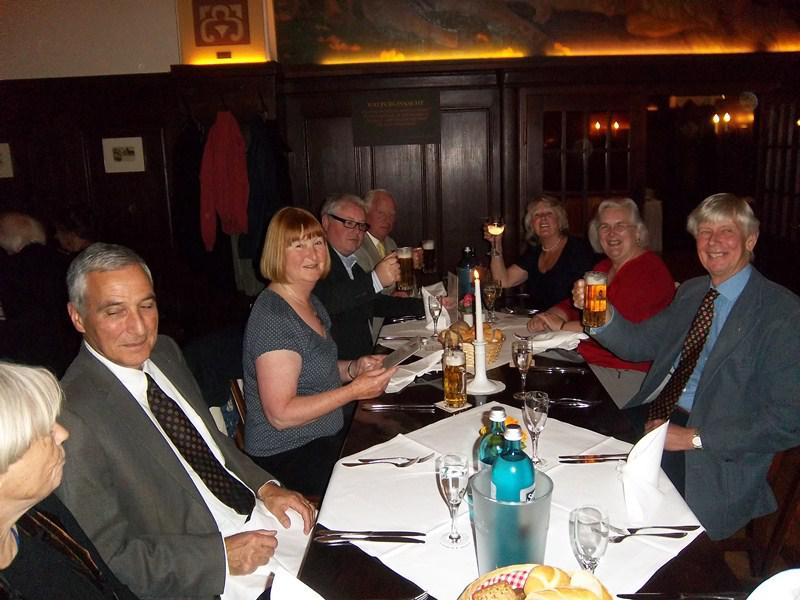 Contact Club Reunion in Leipzig - Auerbach's Cellar is the second oldest restaurant in Leipzig, dating from 1538