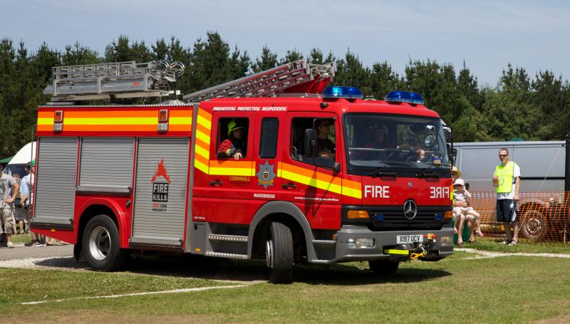 Wheels 2013 - Report and Slide Show - Fire Brigade on call