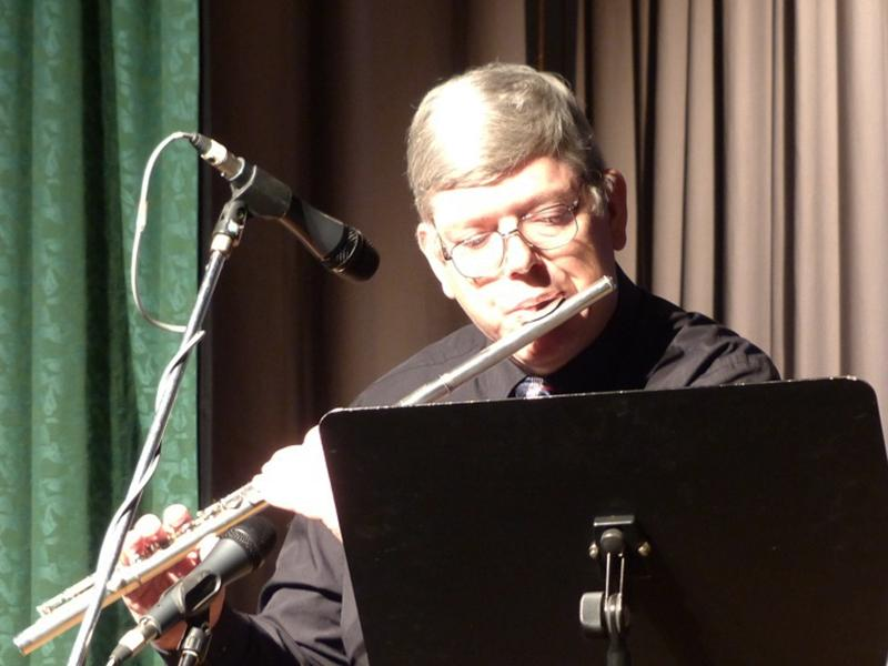 Senior Citizen's Concert 2016 - Flautist-800x600