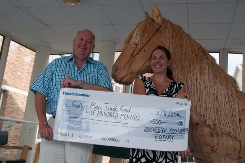 Visit to DCH to for Cheque Presentation for Gully's Place - For Web157