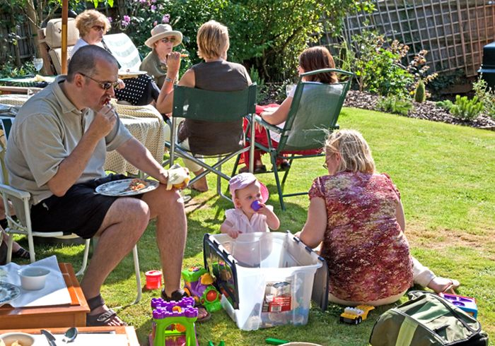 Garden Party with Thame Inner Wheel -