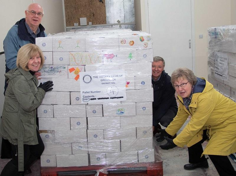 Shoebox Project  - Elma and Finlay get a hand from David Stirling  and Betty McDonald