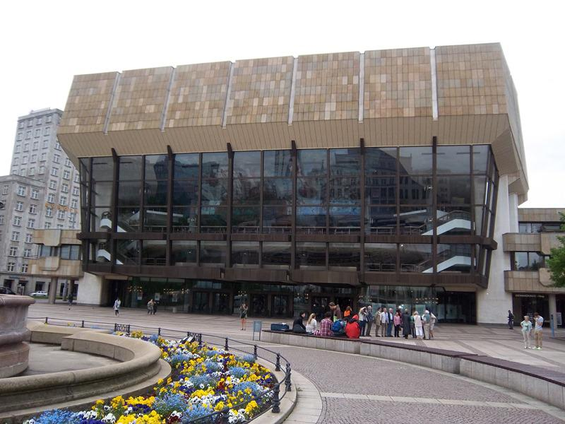 Contact Club Reunion in Leipzig - The Gewandhaus Concert Hall houses a world-renowned orchestra