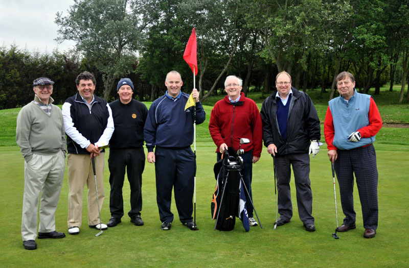 Outside visit - Golf Evening 2012 - Luddite golfers after an enjoyable 9 hole round.