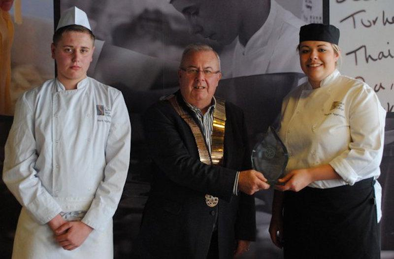 Youth Services - Grad-Chef-2014
