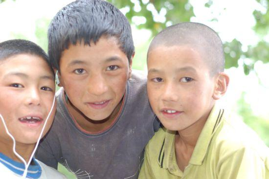 Supporting Himalayan Children -