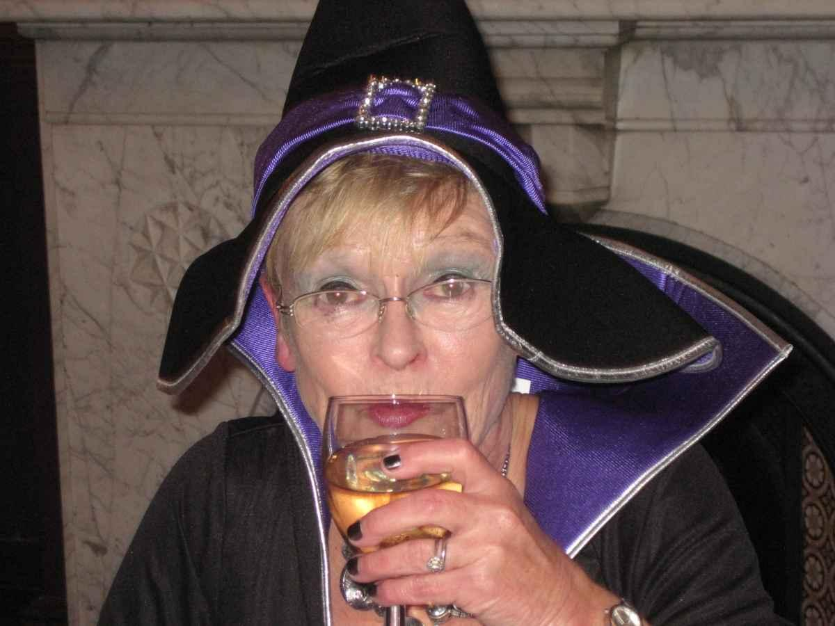 All Hallows Eve (almost) - Are witches not teetotal ?