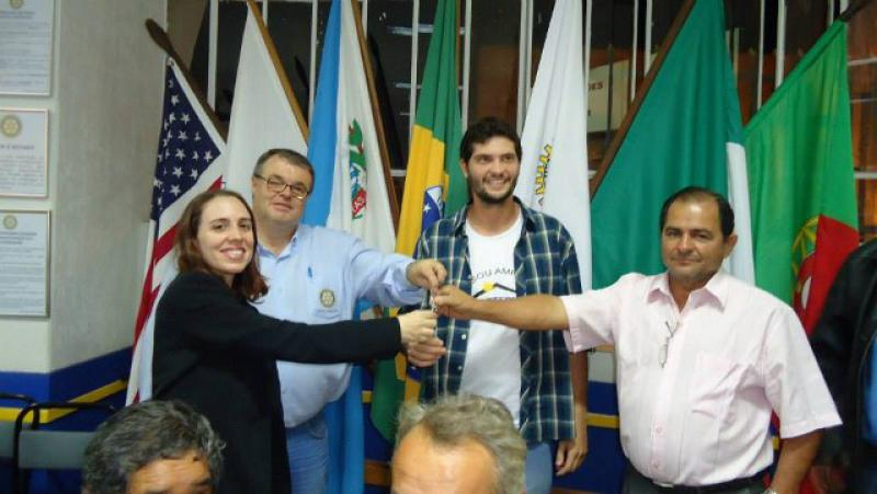 Mini Bus for RC Lavras, Brazil - Handing over the key 1