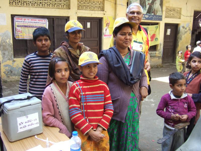 Immunisation Day in India - Helpers