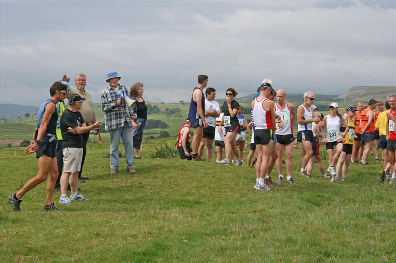 James Herriot Country Trail Run 2010 Report - Gathering at start