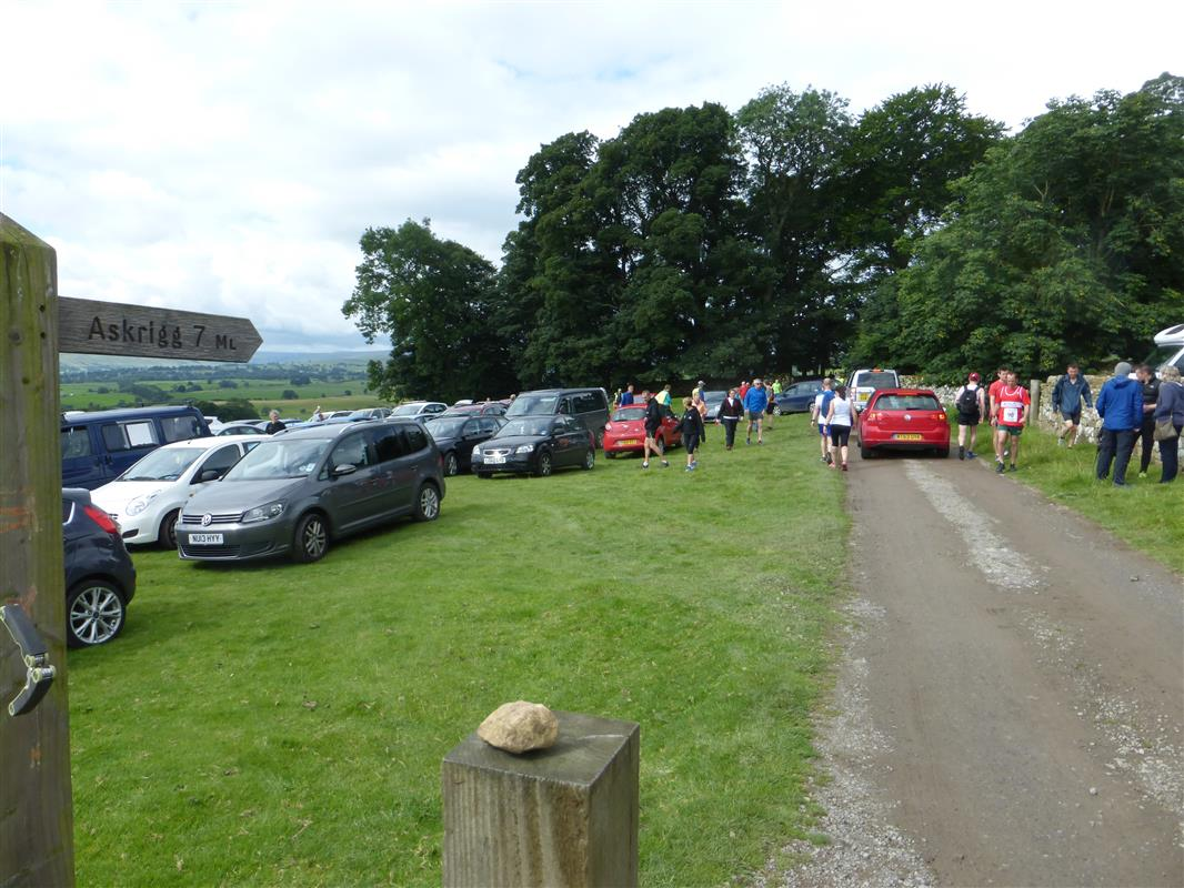 James Herriot Run Report 2017 - Car Park filling up