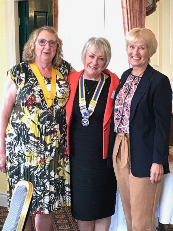 New start for the Rotary Year 2019/20 - Handover -