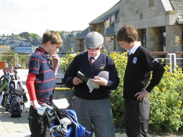 Junior Foursomes Golf 2016 -