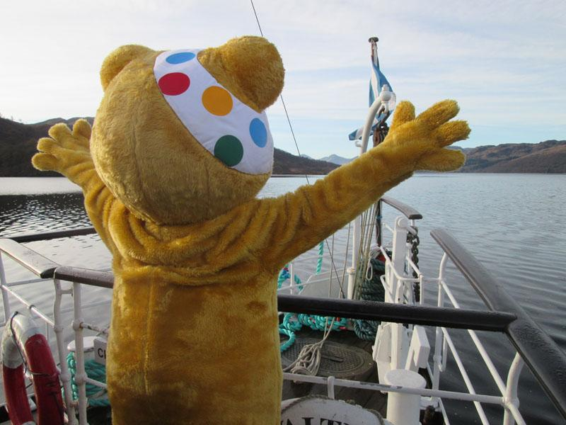 Children in Need 2014 - Pudsey doing his 'Scene from Titanic' impression