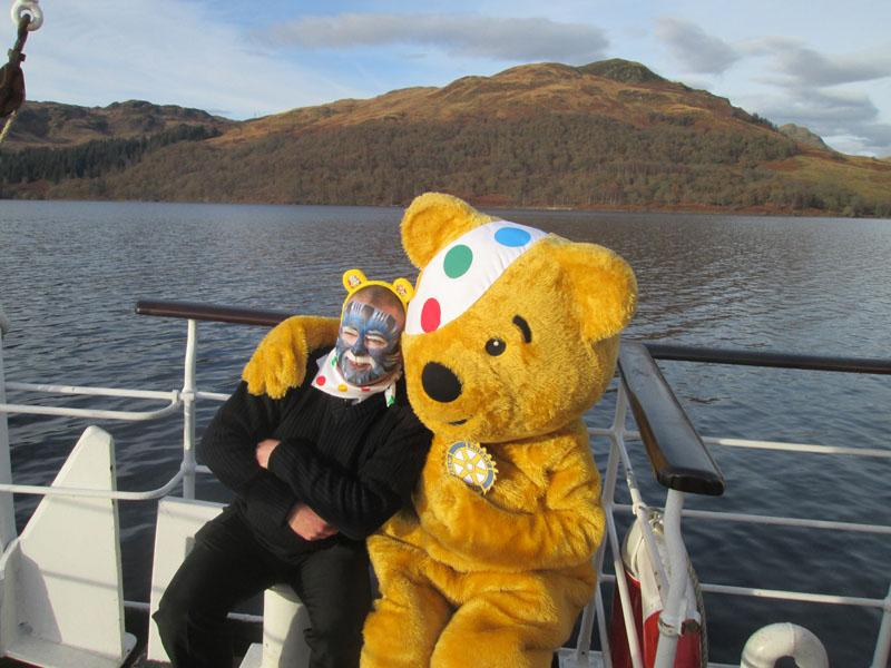 Children in Need 2014 - Even the captain wants to get in on the act