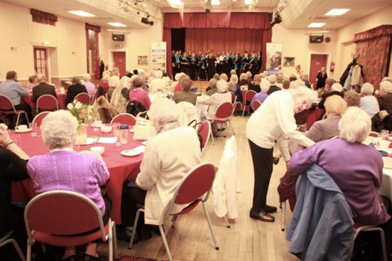 Pensioners Party at Winnington Park Recreation Club - IMG 0391A