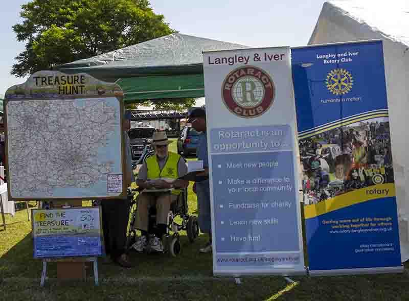 Langley Carnival - Rotary Rotaract stand with fundraising 'Treasure Hunt' game