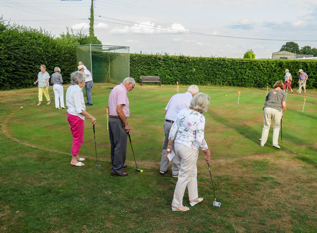 Golf Day and Inner Wheel Putting Evening - IMG 0776(3)