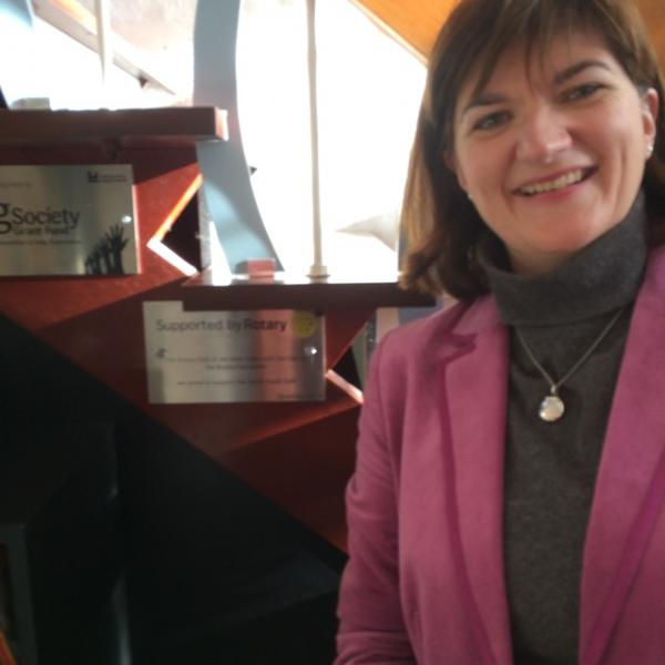 Nicky Morgan unveils Rotary plaque -
