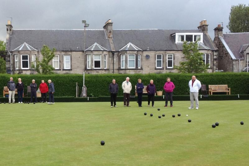 Another successful Bowls evening at Dunfermline Northern Club - IMG 0972 (1312 x 875)