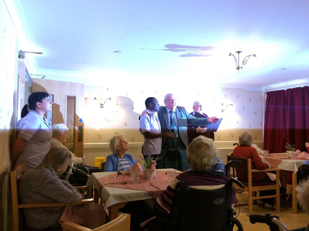 Scottish Lunch Tor-Na-Dee Care Home, 30Jan17 - Ken and company singing.
