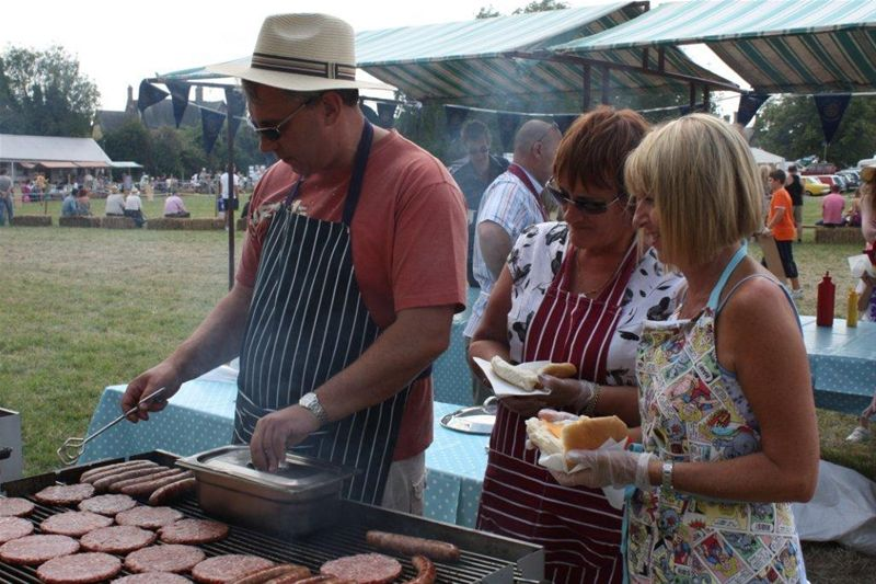 2010 Rotary at Littleport Show - Make sure you get one thats cooked!