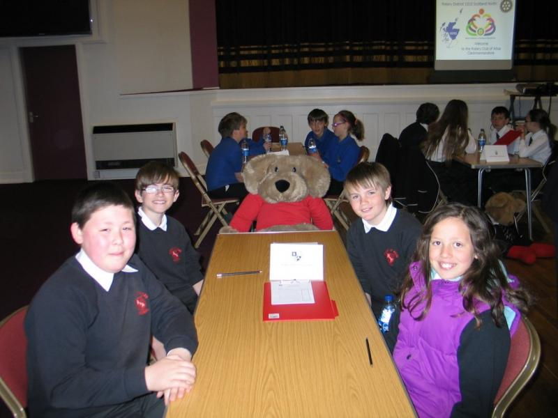 5 May 2102 Primary School Quiz Area Final - Bridge of Allan Team: Angus McLeod, Rhuari Henderson, Tom Kane and Rachel Gordon(with mascot)
