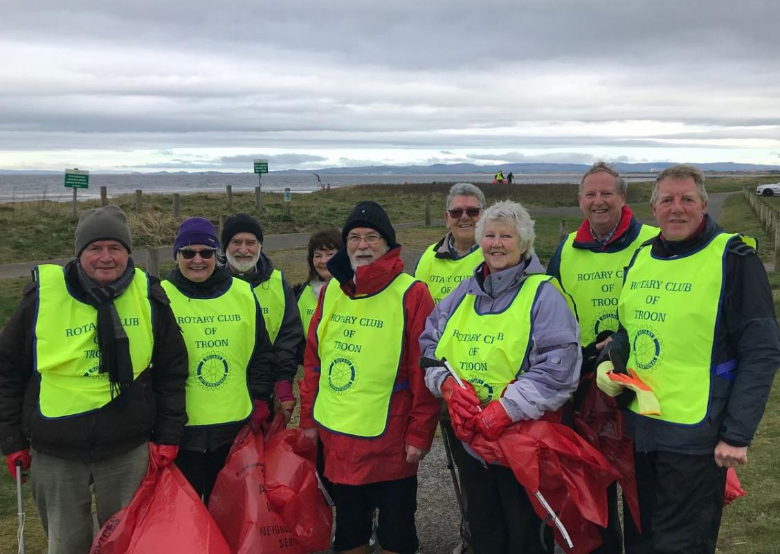 Beach Clean 2019 - The usual gang