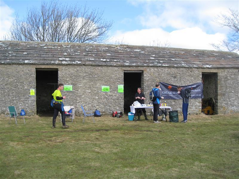 Wensleydale Wander 2013 Report - Early arrivals at Rubbing Houses checkpoint