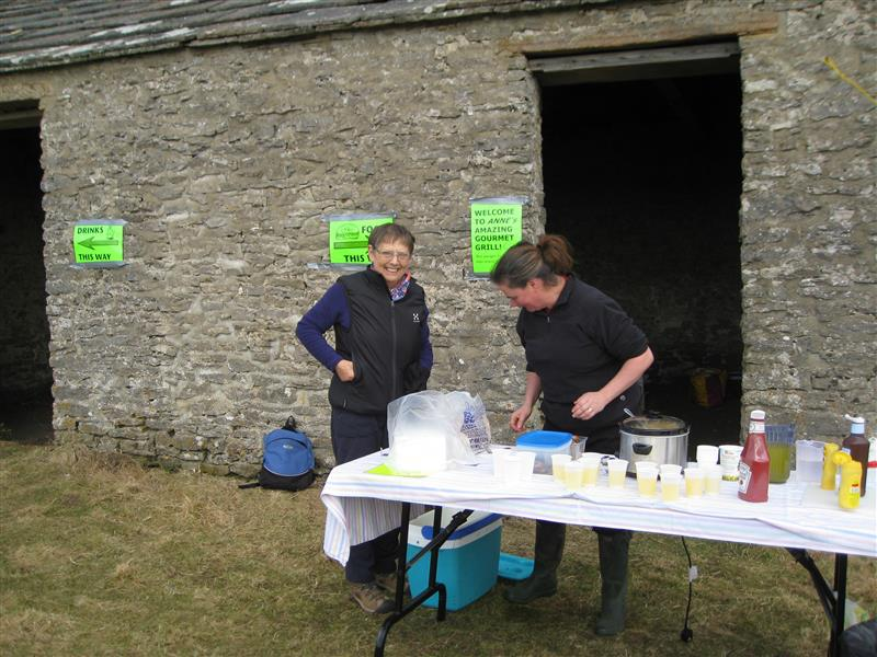 Wensleydale Wander 2013 Report - Anne and Sue make preparations for a rush of walkers