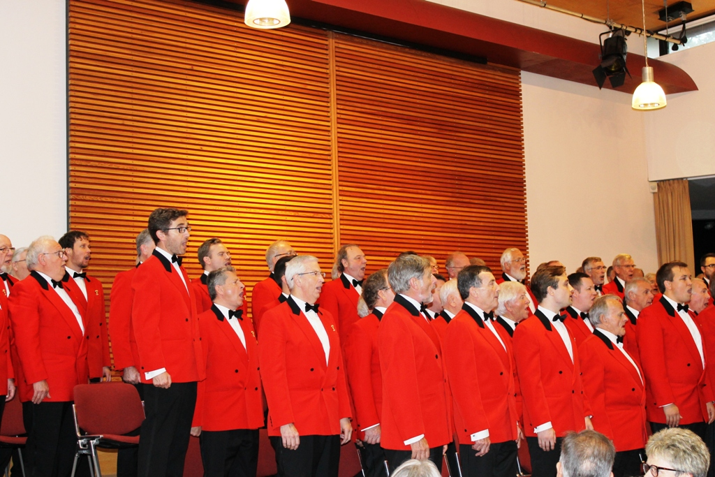London Welsh Male Voice Choir at Taplow Court for Elizabeth House - IMG 5905