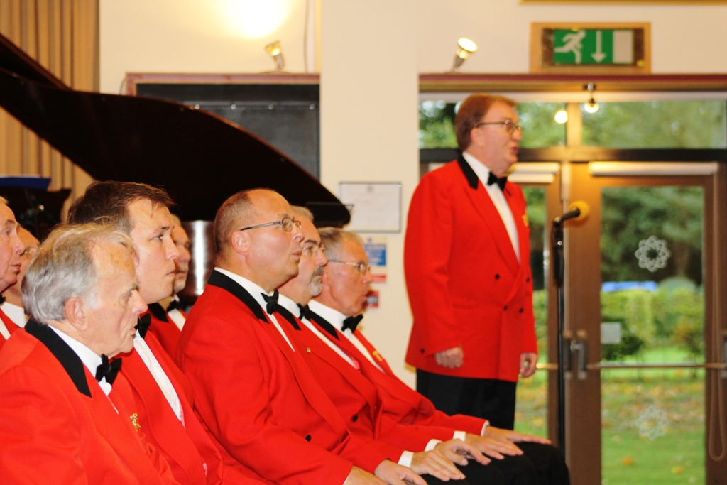 London Welsh Male Voice Choir at Taplow Court for Elizabeth House - IMG 5917(1)