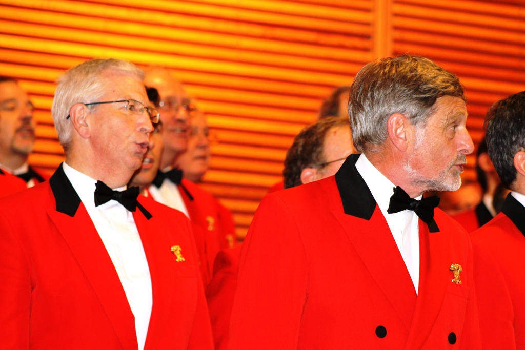 London Welsh Male Voice Choir at Taplow Court for Elizabeth House - IMG 5938