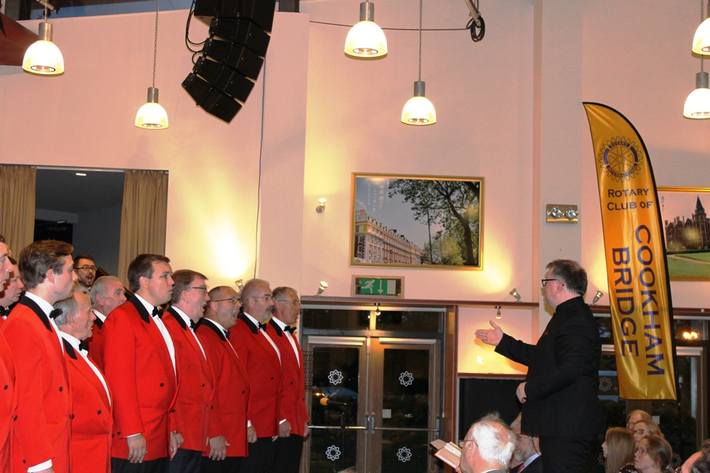 London Welsh Male Voice Choir at Taplow Court for Elizabeth House - IMG 5944